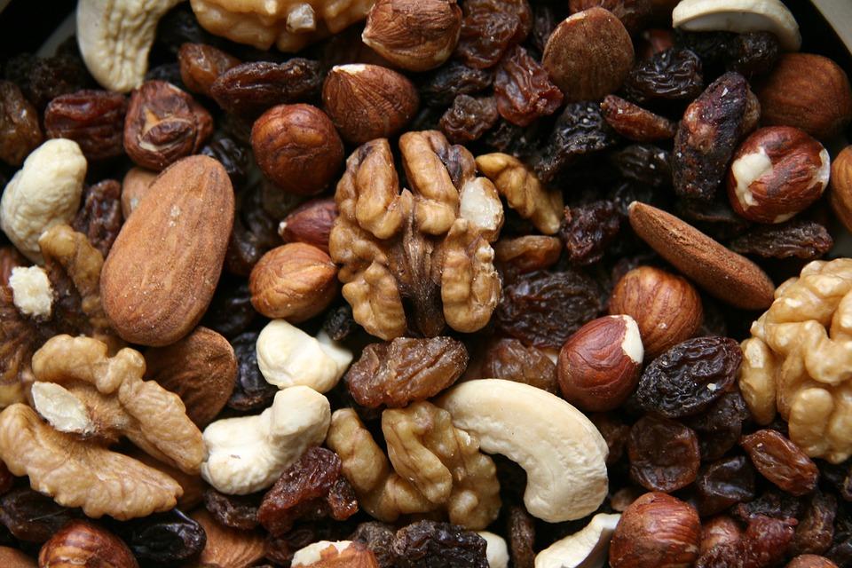 Alimentos para la fertilidad-frutos secos-Mamás360