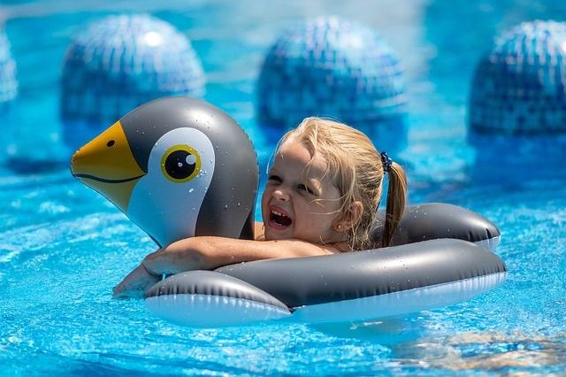 Juegos divertidos - piscinas - Mamás360