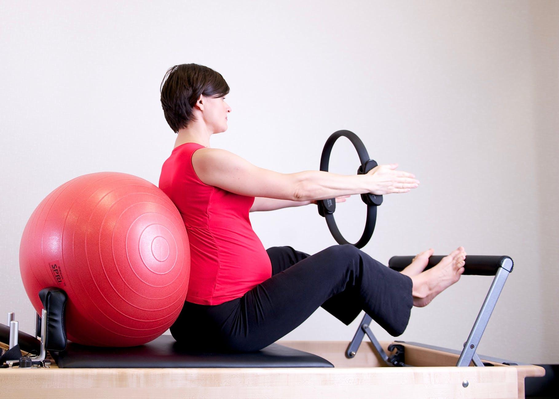 Deporte para embarazadas-Pilates-Mamás360